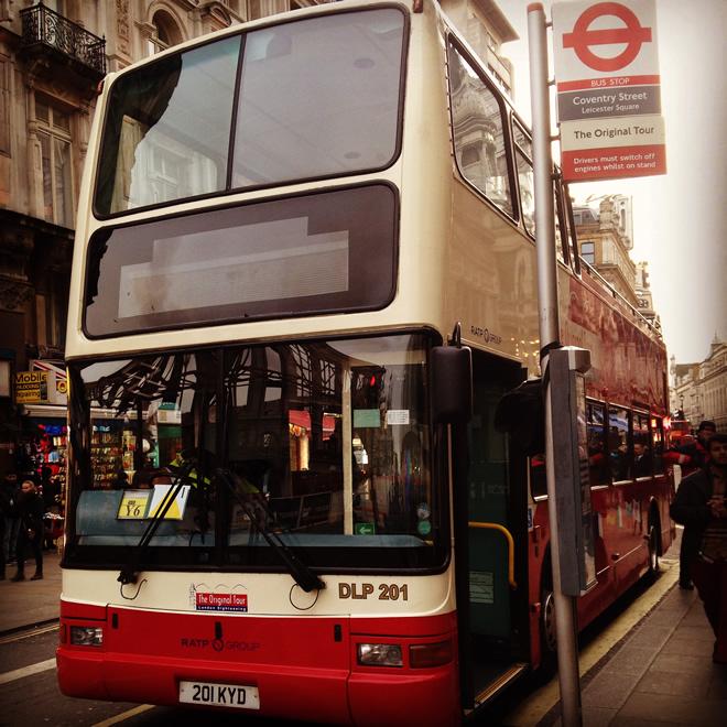 Intercâmbio Londres ônibus