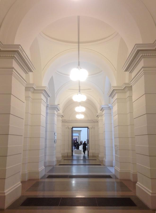 Tate Britain- corredor_r1_c1