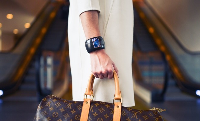 a influência da mulher no mercado da moda