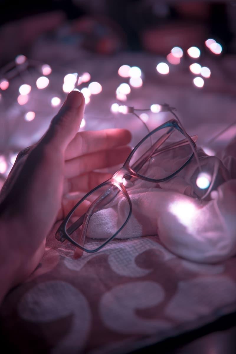 armação de óculos de grau feminino retangular hassan ouajbir