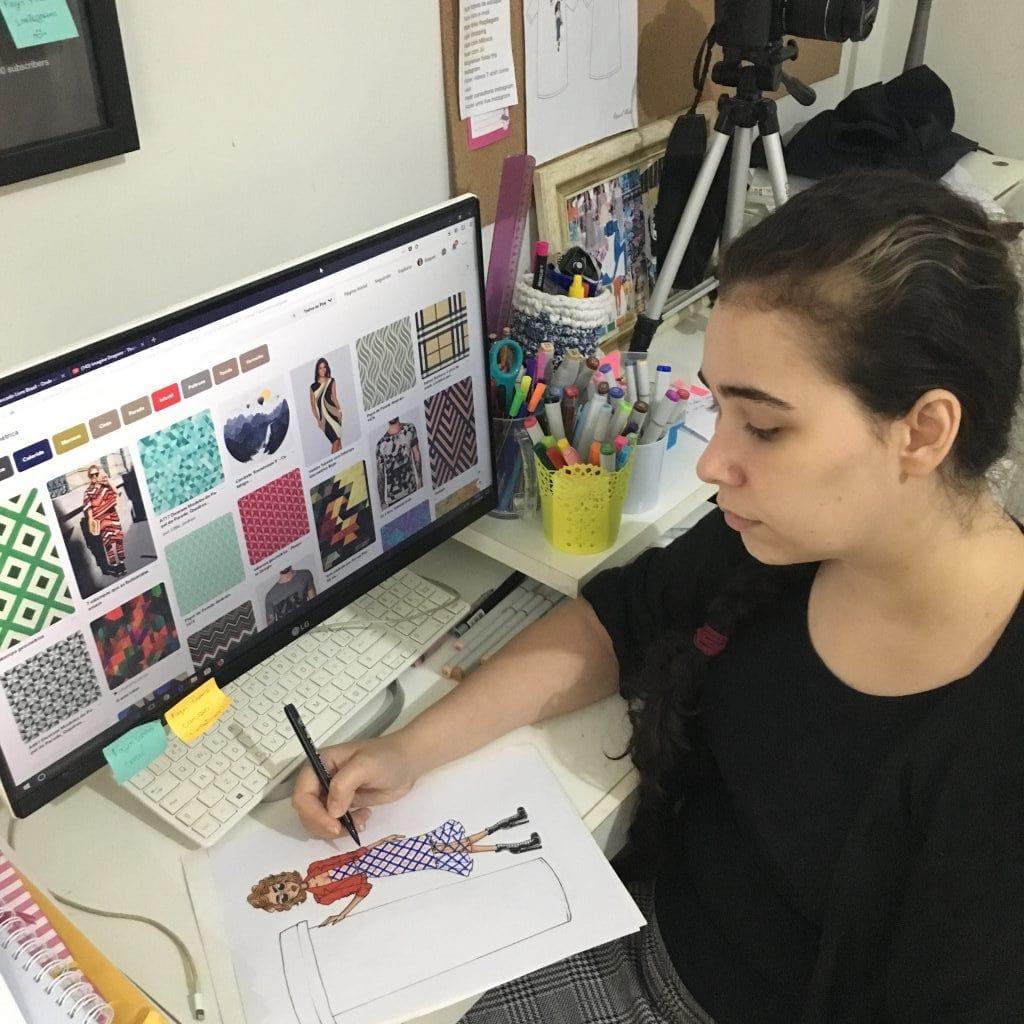 como desenhar roupas com Raquel Melo
