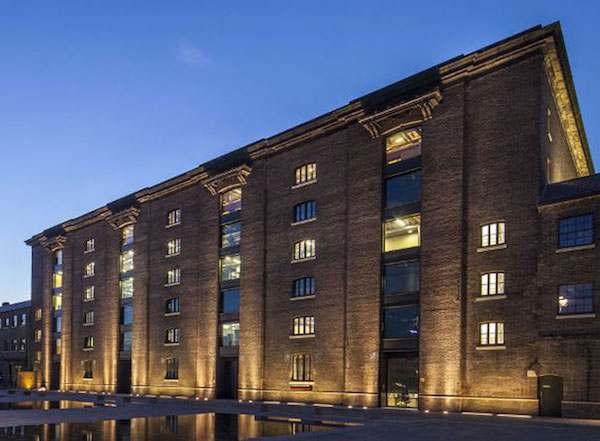 estudar moda central saint martins