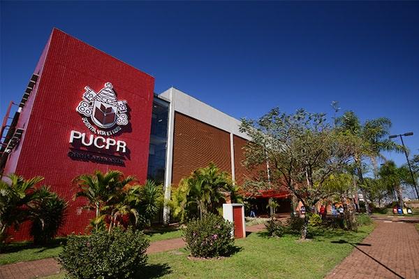 Faculdade de Moda Pontificia Universidade Católica do Paraná